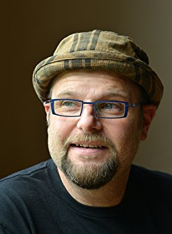 Author, Alan Gratz