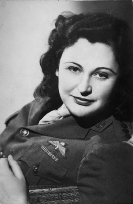 Nancy Wake in 1945