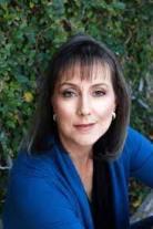 Author Jenn McKinlay